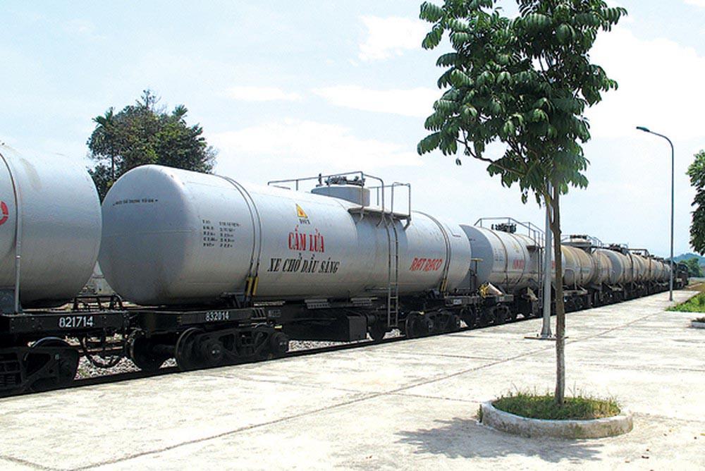 Vận chuyển xăng, dầu bằng đường sắt 2