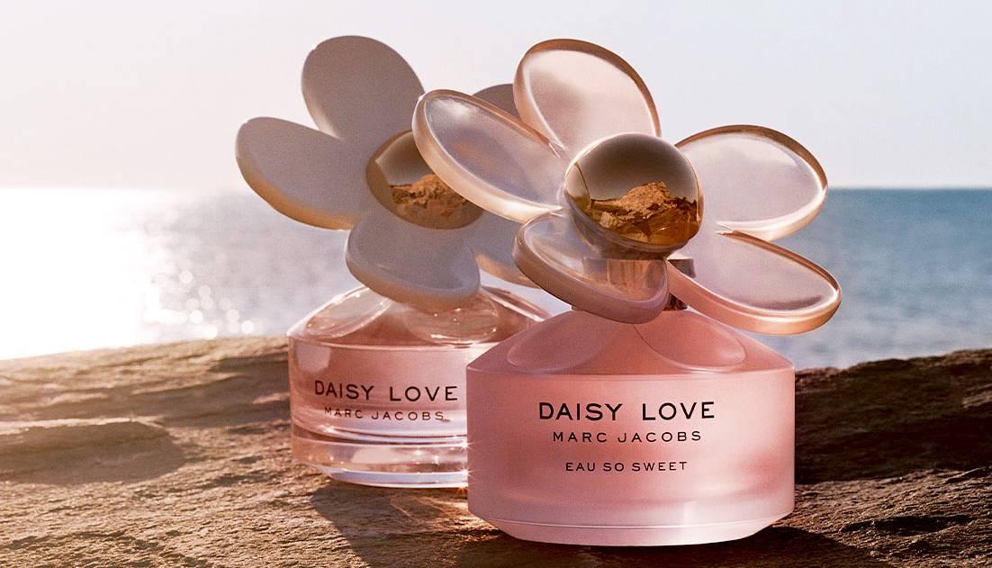 nuoc hoa love daisy thom mat
