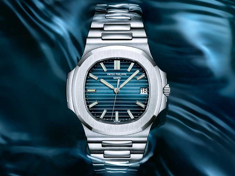 review-dong-ho-Patek-Philippe-Nautilus-Thuy-Sy