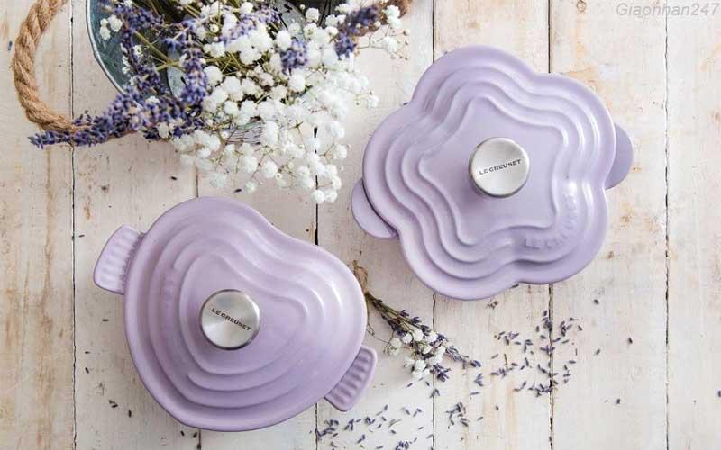 noi-gang-Le-Creuset-lavender-an-toan-suc-khoe